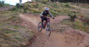 Andreu Lacondeguy goes wild on the Vallnord World Cup track